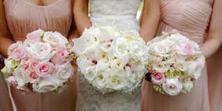 wedding flowers ny when is the right time to book a florist for wedding flowers