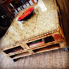 hand made wine cork pallet coffee table wine crafts pinterest
