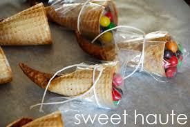cornucopia thanksgiving favors sweethaute
