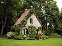 25 best ideas about tudor cottage on pinterest tudor petit cottage anglais 25 best ideas about cottages and bungalows