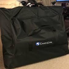 earthlite massage table bag 60 off alumnus other alumnus earthlite massage table from