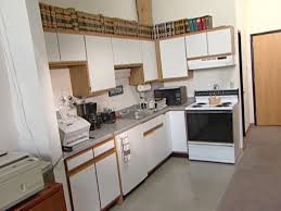 Outdated Kitchen Cabinets Painting Laminate Kitchen Cabinets Homeowner Gets Help Remodeling
