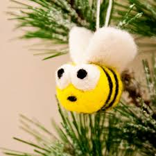 needle felted bumblebee ornament crafts by