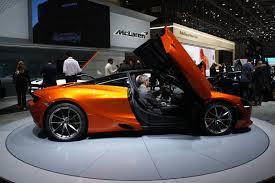 mclaren 720s mclaren 720s debuts bringing all the supercar drama with it