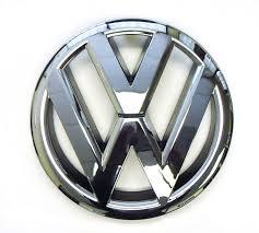 volkswagen wolfsburg emblem amazon com oem vw front grille emblem jetta sedan 2011 2014 mk6