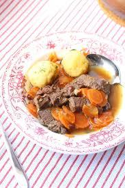 cuisine joue de boeuf un peu dans les coings joue de boeuf mijotée aux carottes