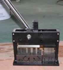Cutting Blinds China 25mm Venetian Blinds Headrail Punching And Cutting Machines