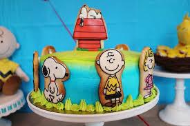 snoopy cakes snoopy cakes amazoncom creative ideas
