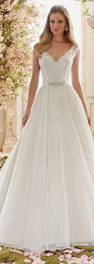 wedding dress necklines best 25 wedding dress necklines ideas on dress