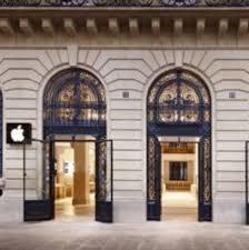 paris apple store paris apple store hit by armed robbers pc retail