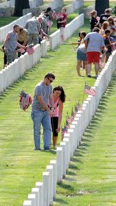 Iowa Hawkeyes Flag Volunteers Needed To Place Flags At National Cemetery Government