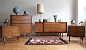 Mid Century Bedroom That Light Mid Century Bedroom Interiors - Mid century modern danish bedroom furniture