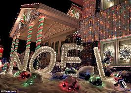 the house with one million christmas lights daily mail online