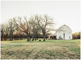 barn wedding venues dfw 10 best the white sparrow barn images on barn weddings
