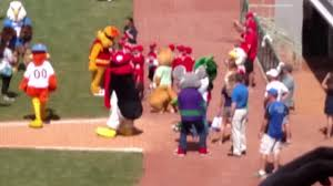 chuck e cheese at baseball park youtube