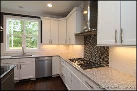 are white kitchen cabinets in style for 2014