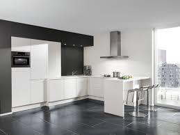 cuisine sol noir cuisine sol noir avec cuisine avec sol noir photos de design d int