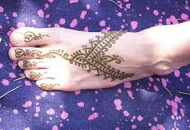 temporary henna tattoos traditional mehndi body art u0026 jewel art
