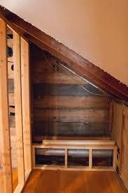 Bedroom With Knee Wall A M P E R S A N D H O M E