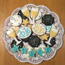 New Year S Eve Cookie Decorating Ideas by Happy New Year Cupcakes Cake Holidays And Cup Cakes