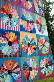 thanksgiving quilt patterns amh dresden plate quilt top at maryse makes things stripes and