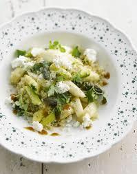 cuisiner l asperge quinoa aux asperges et à la feta régal