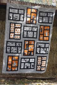 Fabric Halloween by 141 Best Grey And Black Quilts Images On Pinterest Quilting