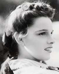 hairstyles late 40 s judy garland circa late 30s early 40s oldschoolcelebs