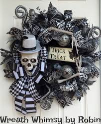 cute halloween skeleton last call for this skeleton wreath happy halloween wreath