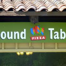 round table pizza roseburg oregon round table pizza closing several locations due to bankruptcy