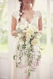 bouquet wedding 20 stunning cascading bouquets expert tips from florists