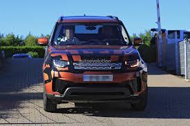 discovery land rover 2018 2017 land rover discovery 5 2018 land rover lr5 spied reveals