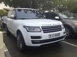 land rover dubai students in dubai have nice cars