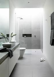 badezimmer in grau die besten 25 graue badezimmer ideen auf halbes