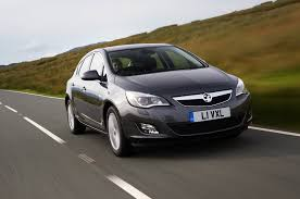 vauxhall astra 2006 vauxhall astra 1 6 se review autocar