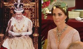 wedding gifts elizabeth jewelry kate middleton has borrowed from the hello canada