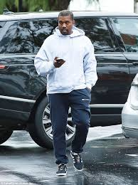 donald trump kw kanye west deletes all his tweets about donald trump daily mail online