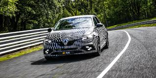2018 renault megane rs two chassis and four wheel steering