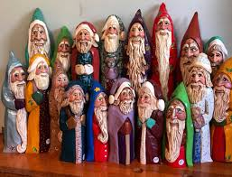 elizabeth brown original design hand carved old world santas my