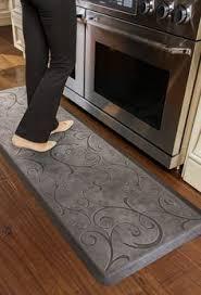 suzanne kasler quatrefoil comfort mat by ballard designs kitchen