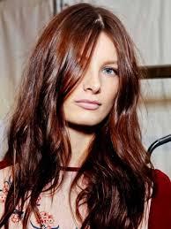 cheveux rouge acajou la couleur de cheveux miel balayage naturel idee comment