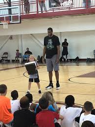 Manufactured Homes Rent To Own San Antonio Tx Spurs Forward Lamarcus Aldridge Hoops With New York Youth Hands