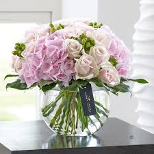 luxury flowers luxury flowers pretty pink vase isle of wight flowers
