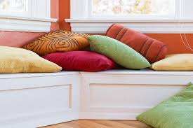 how to wash throw pillows the right way