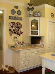 yellow kitchen ideas best 25 yellow kitchen walls ideas on yellow kitchens