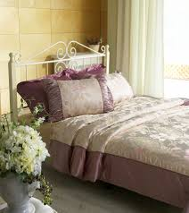 Romantic Bedroom Ideas For Couples by Top 10 Romantic Bedroom Ideas For Married Couples Soupoffun Com