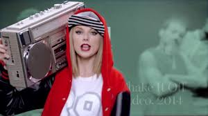 watch 12 halloween costume ideas from taylor swift glamour video