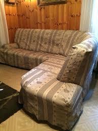 fabriquer housse canapé fauteuil faire une housse de fauteuil crapaud faire une housse