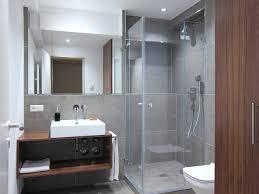 steckdose badezimmer steckdosen badezimmer waschbecken modern vogelmann