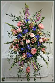 Spray Tan Jonesboro Ar 1142 Best Flowers On Stands Images On Pinterest Funeral Flowers